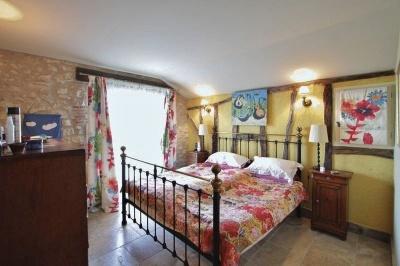 Large en-suite with patio doors