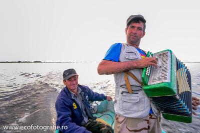 Când pe ape răsună ... Valsurile Dunării