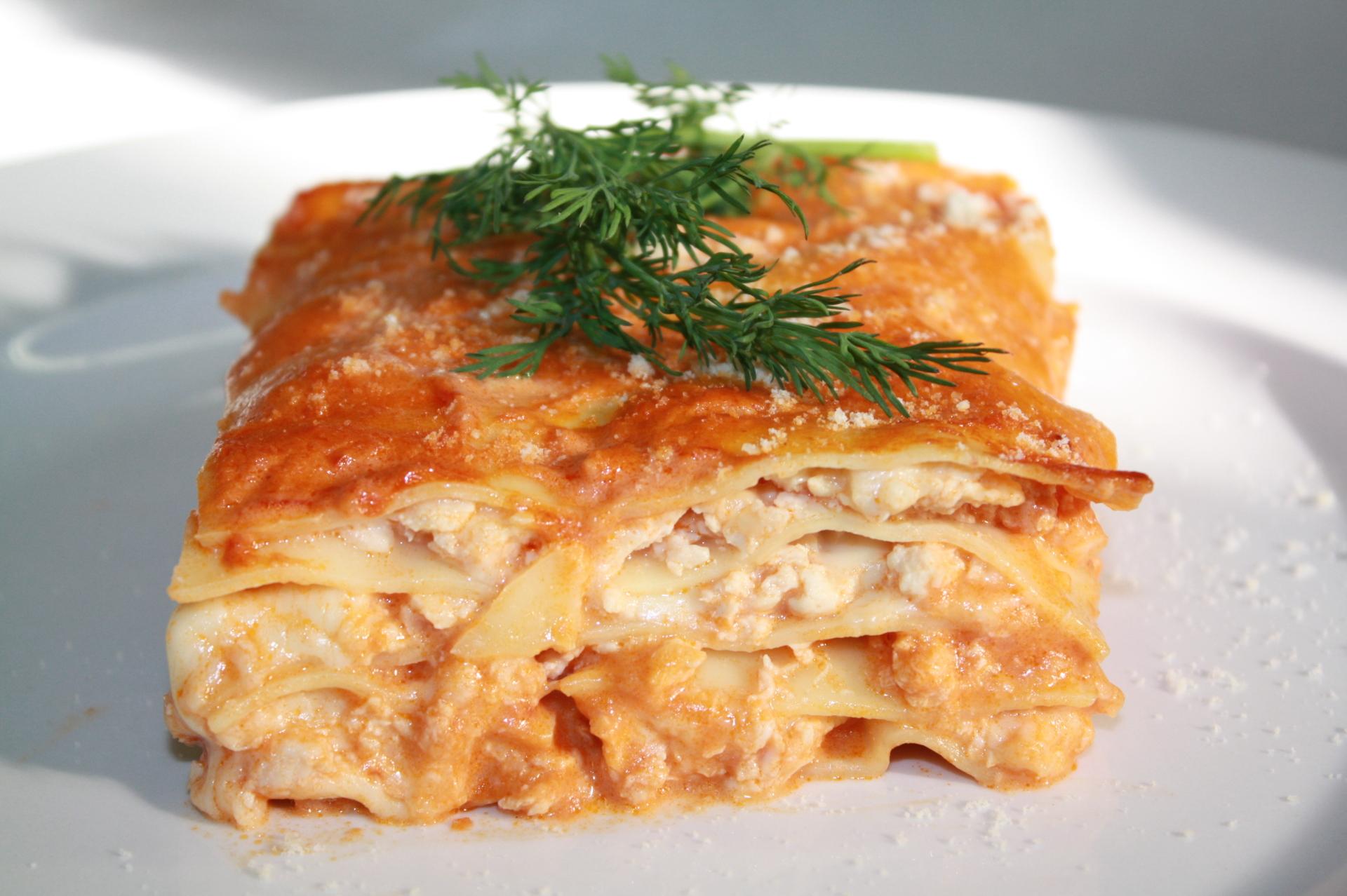Chicken Rosa Lasagna Price $26 (6-8pcs)