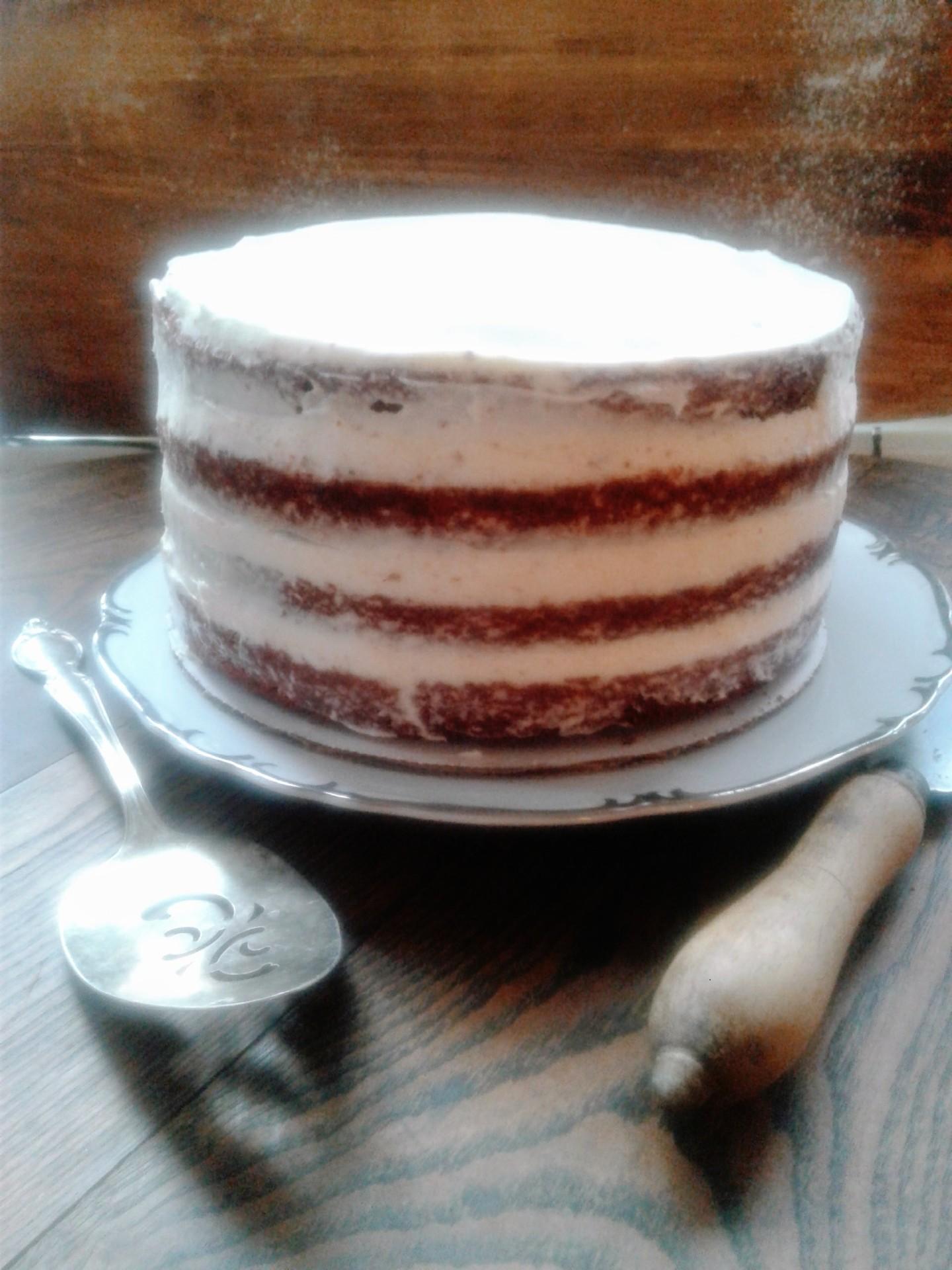 Red Velvet Cake w/ cream cheese frosting (vegan option avail.)