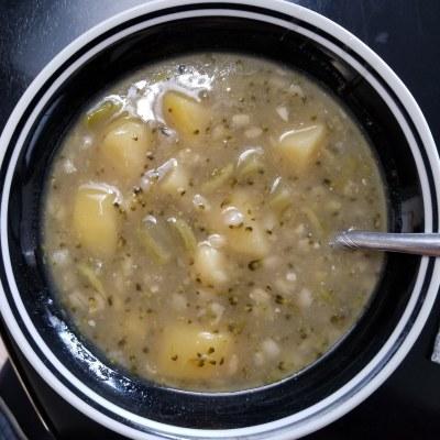 Homemade Cream of Broccoli & Potato Soup