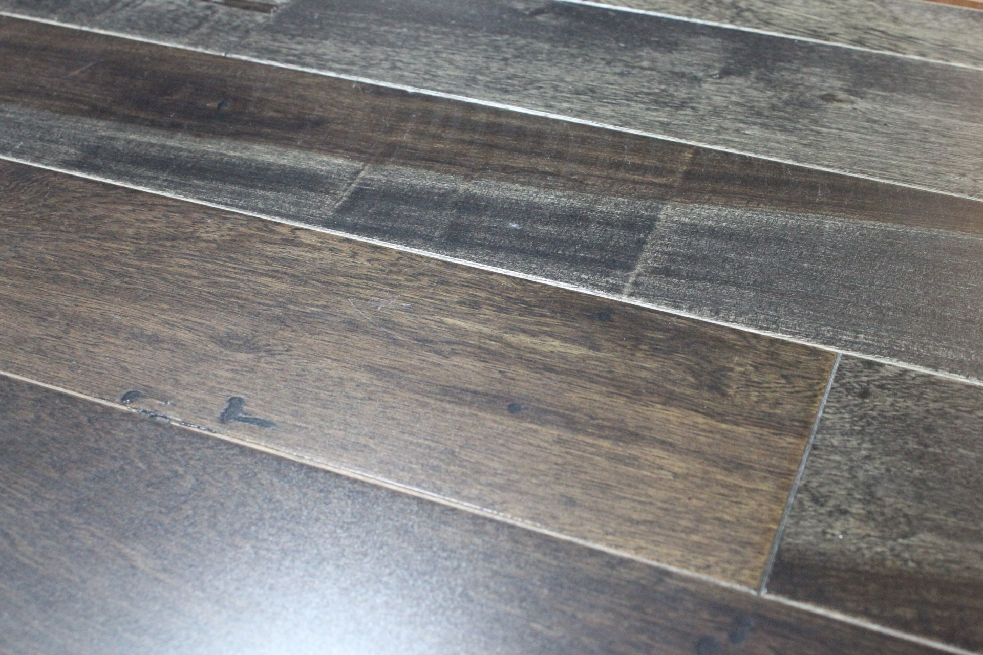 Hardwood, prefinished floor, engineered wood, solid wood, lifestyle, hard surface, prefinished hardwood, prefinished wood, home, design, interior design, wood floor design, triangulo