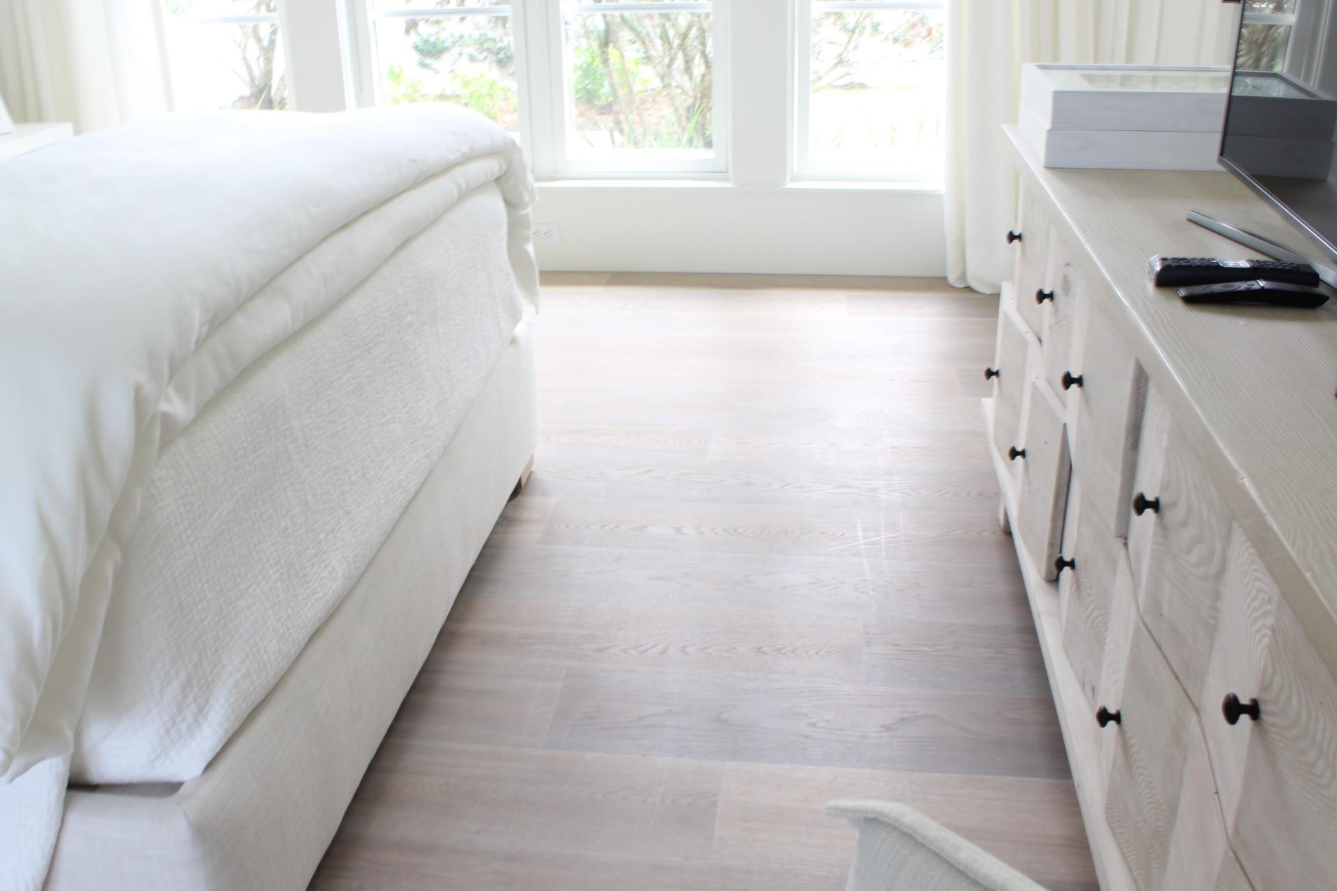 Hardwood, prefinished floor, engineered wood, solid wood, lifestyle, hard surface, prefinished hardwood, prefinished wood, home, bedroom, guest house, design, interior design