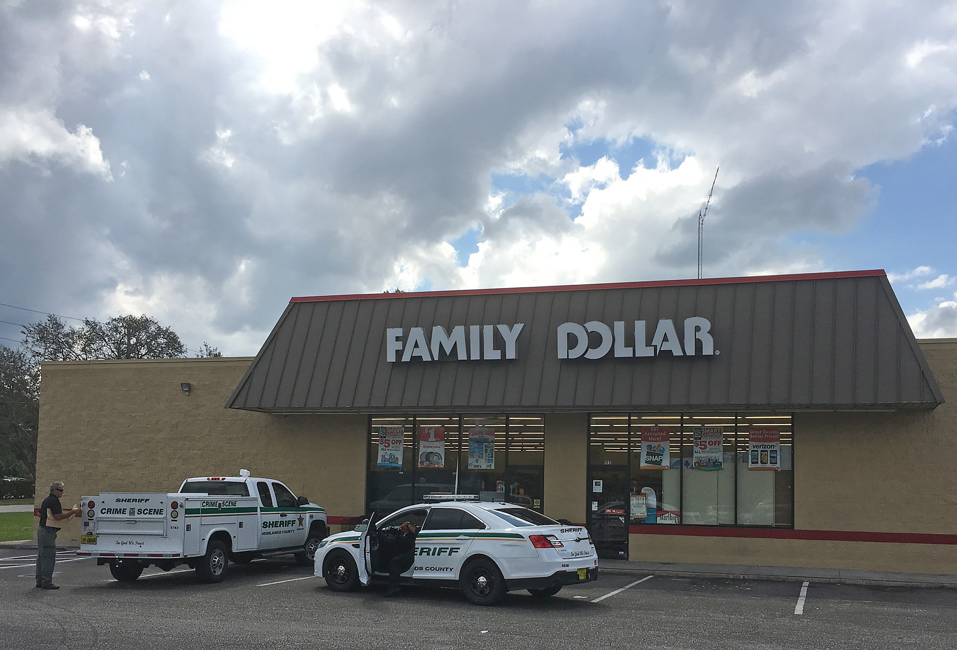 AP Family  Dollar robbed at knife-point