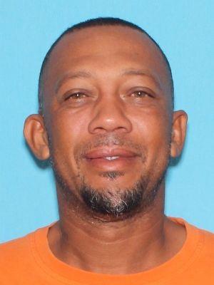 Arrest warrant issued for suspect in Avon Park murder