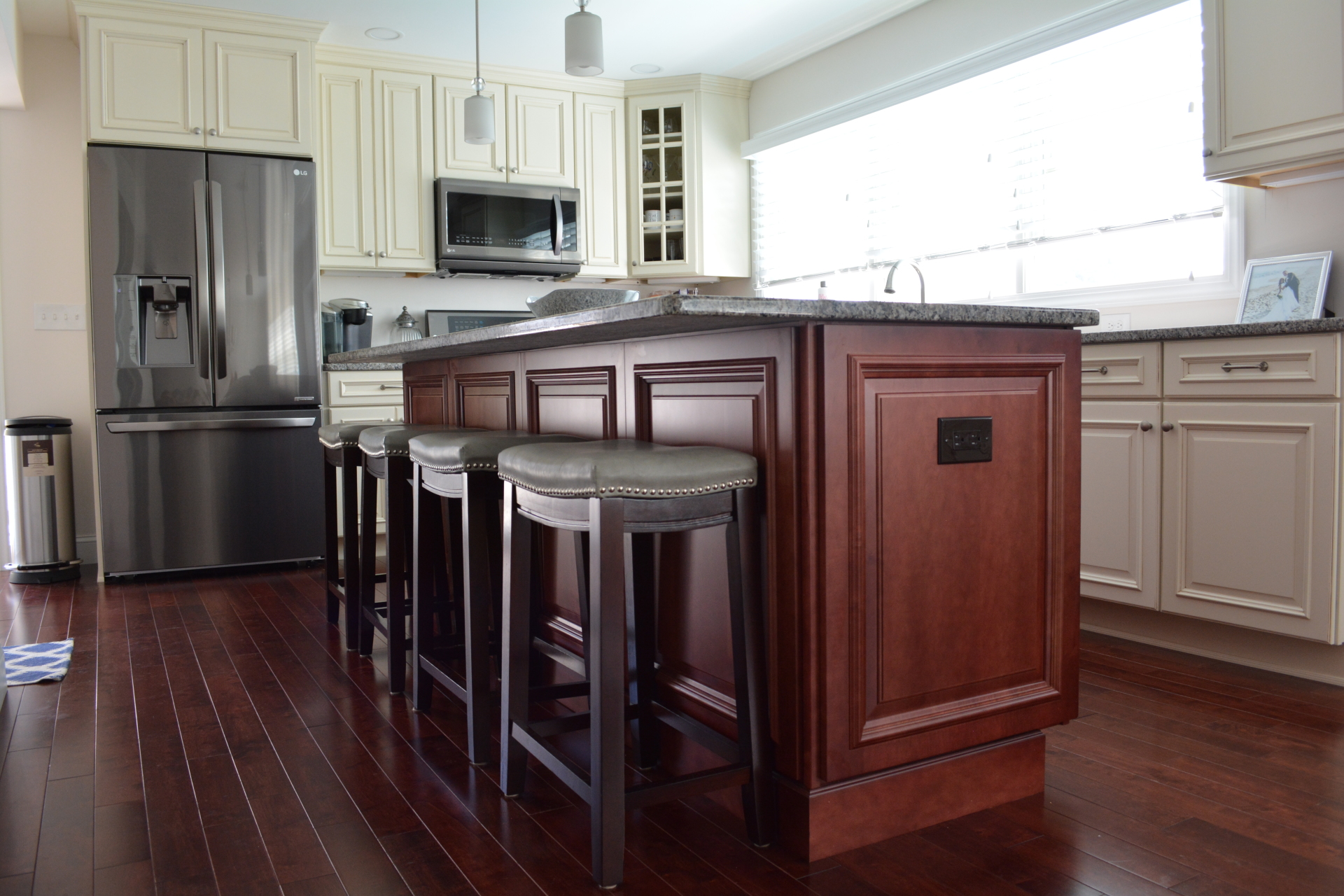 Welborn- Belmont MDF creme mocha W/ Richmond Maple- Cranberry Island