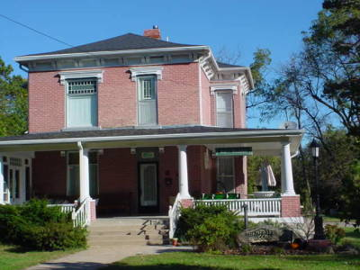 Dempster Woods Bed & Breakfast