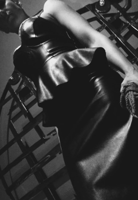 giantess, rope, leather, boobs, domme, mistress, dominatrix, fetish, bdsm, kinky, session, slave, bondage, torture, blonde, bombshell, figure, hourglass, muscles, worship, obey, submit, dungeon