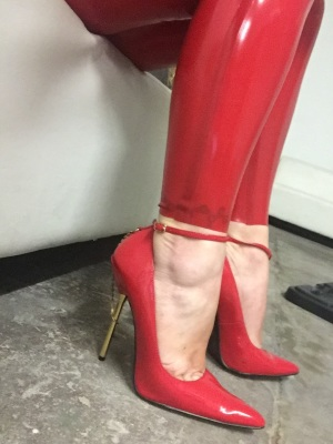 heels, stilettos, latex, fetish, worship, high heels, feet, foot, slave, toes, arches, straps, red, patent, latex, catsuit, dominatrix, crush, giantess, goddess
