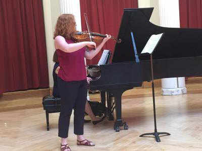 Viola Lessons with Zoe
