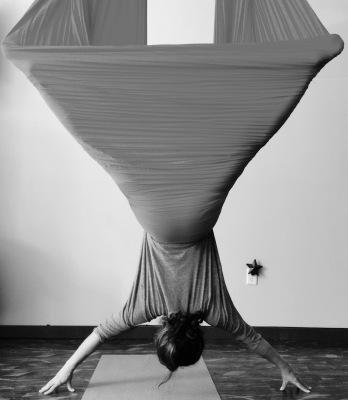 Aerial_Yoga_Inversion
