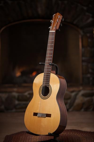 "23 Rosewood and Euro-spruce ""flamenca negra"""