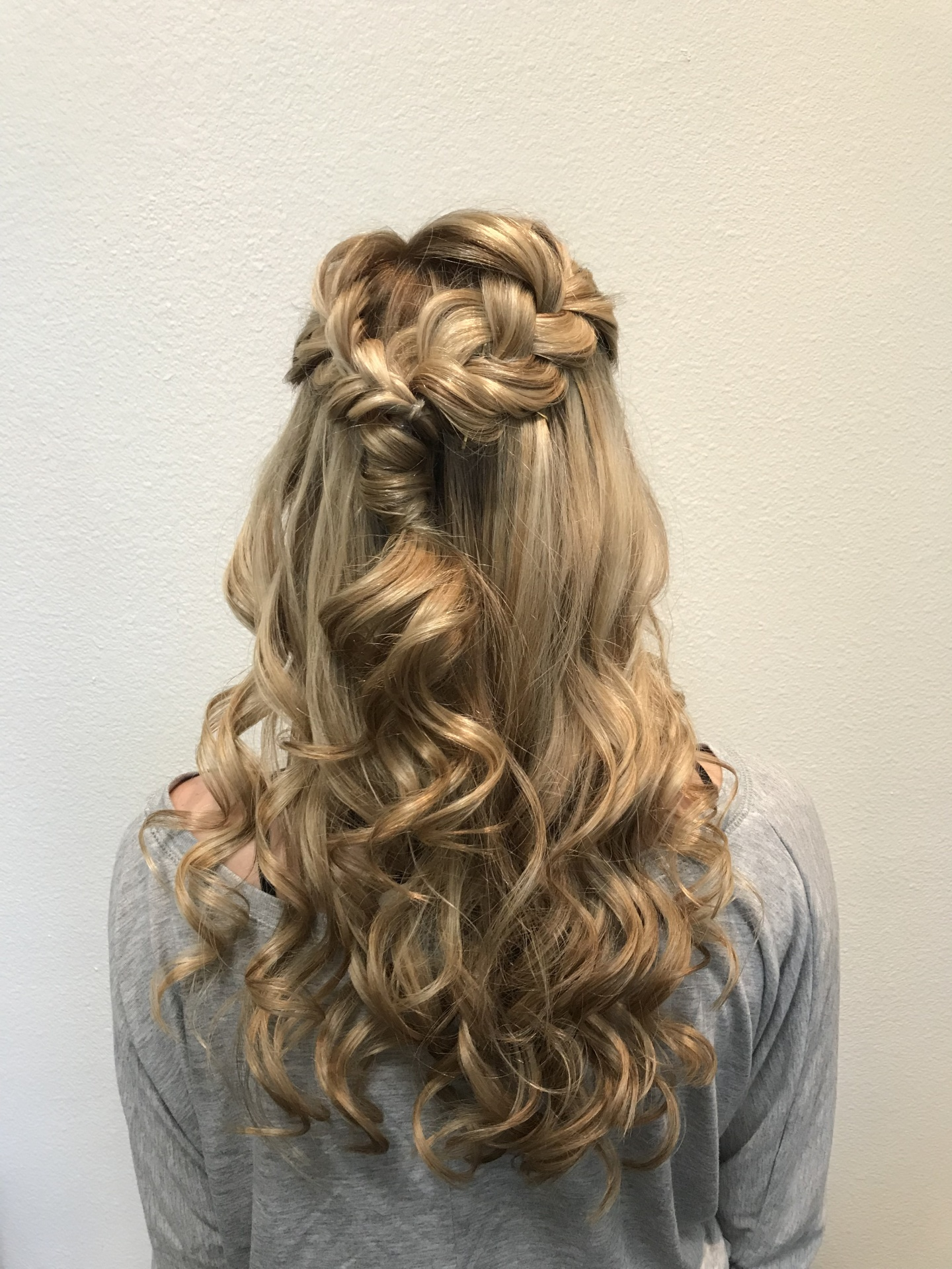 Hair, Hairstylist, 5 Star, Makeup, Makeup Artist, Weddings, Airbrushed, Prom, Senior Pictures, Balayage, Salons of Volterra, Luxury Salon, 76182, 76180, 76092, 76244, 76148, 76054, 76248, near me, Haircuts, Trendy Haircuts, Keller, Fort Worth, Arlington, Euless, Bedford, Hurst, North Richland Hills, Grapevine, Colleyville, Southlake, Roanoke, Westlake, Hurst, Men's Haircuts, Women's Haircuts, Teenager's Haircuts, Online, Salons, Best Salons, Spa, Special occasions, DFW, Highlights, Perms, Brazilian Blow-dry, Keratin Treatments, Experienced Hairstylist, waxing, Photo Shoots, Photography, Bridal Portraits