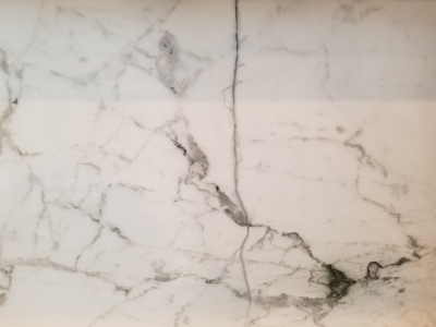 Marble crack repair looking like a natural vain
