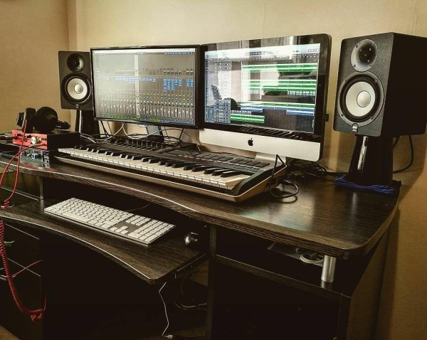 Studio from @unchainedxl