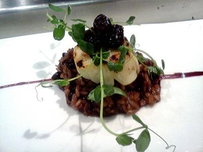 Bronzed scallop, red wine risotto, dried cherry gastrique