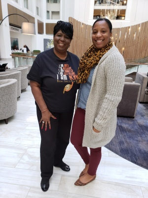 Look who stopped by to see her Mommy - Kendra!