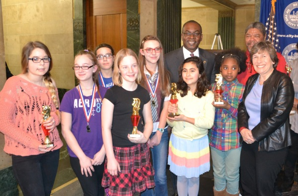 Mayor Byron Brown, AFT President Randi Weingarten and AA8 Girls