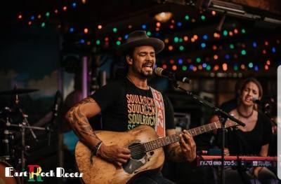 Michael Franti Acoustic Session Photo's by East Rock Roots Photographer Lindsey Koppenheffer