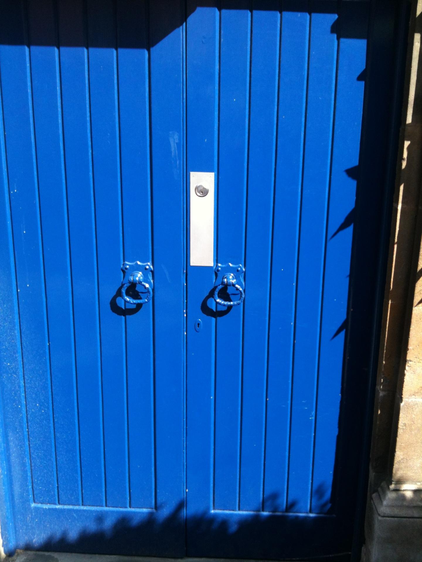 Rim cylinder on church doors