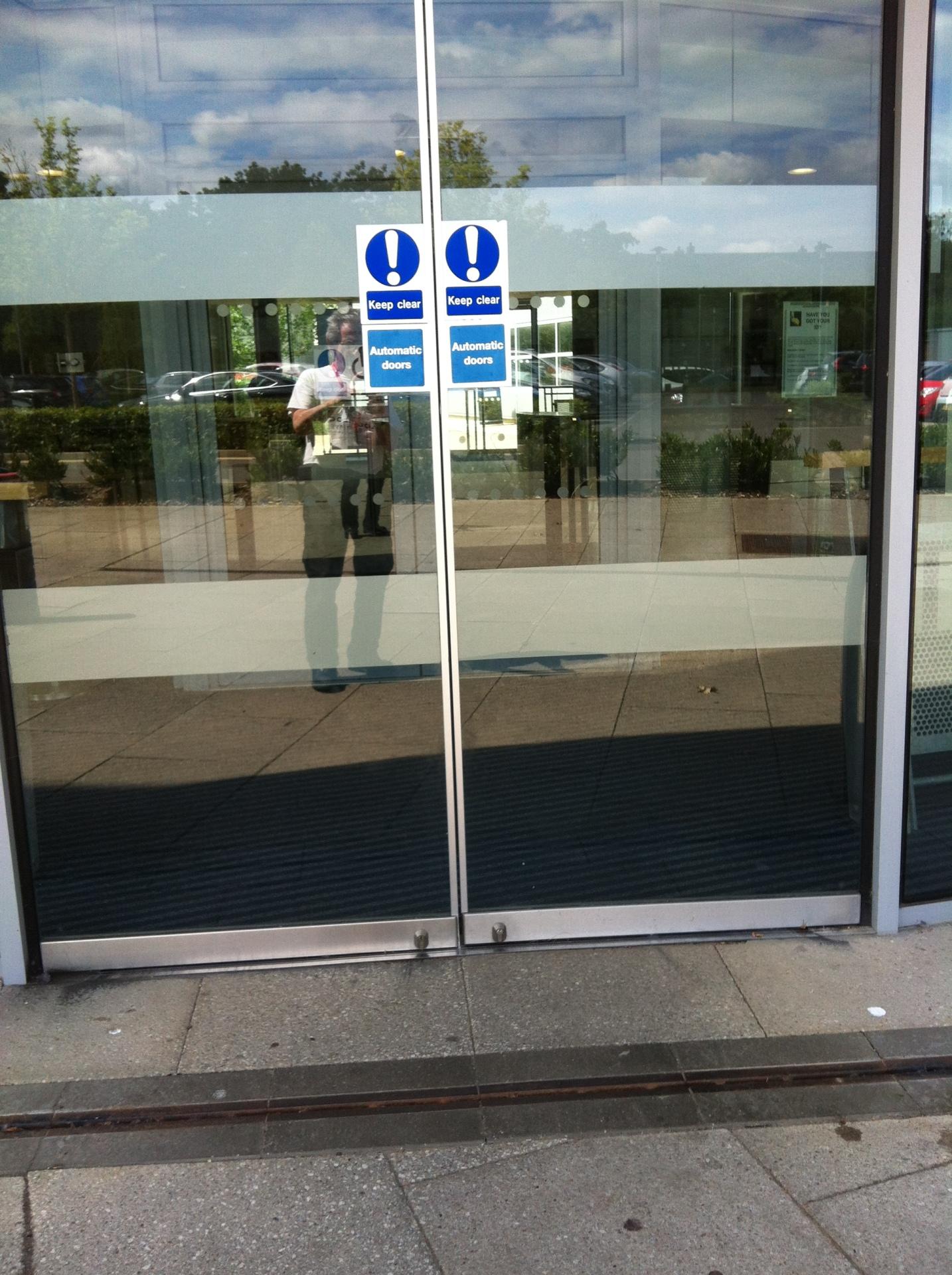 Bromley College Glass door Locks