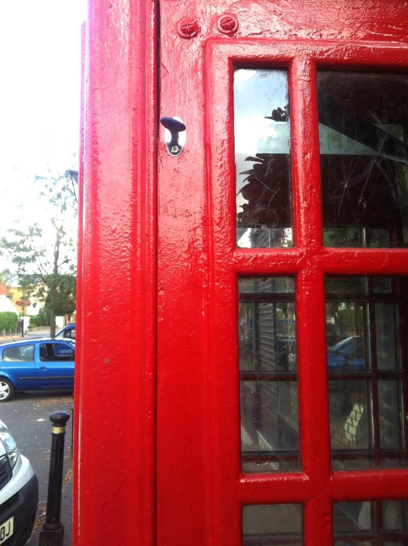 Phone box lock 3