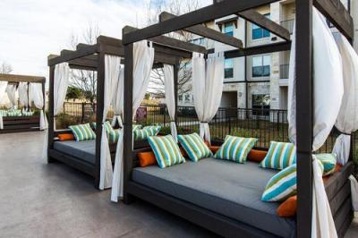 Condos and townhomes in Austin for rent