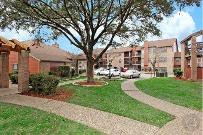 Austin apartments locator