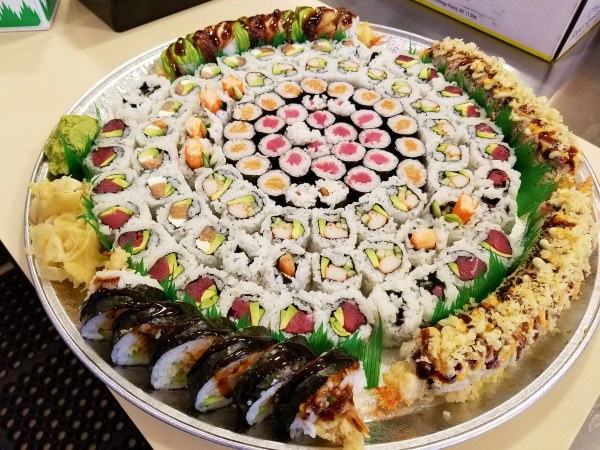 Maki Tray with your additional Rolls