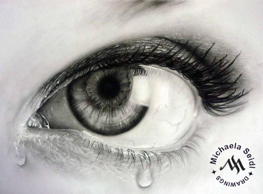 Sad Eye - pencil drawing on seidlart.com by Michaela Seidl