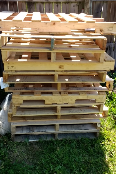 pallets ready to be upcycled
