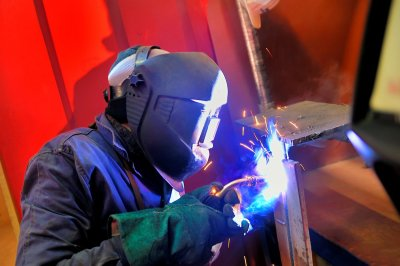How to Weld With a Wire Feed Welder