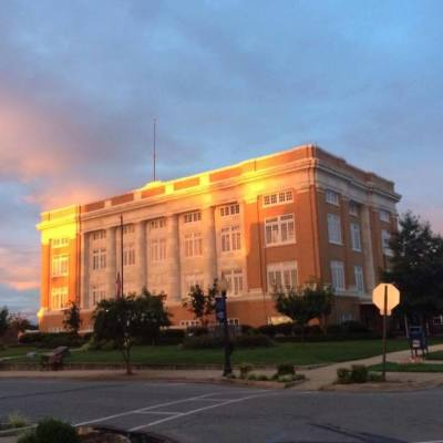 Quorum Court approves two ordinances, hears update on roads and 911