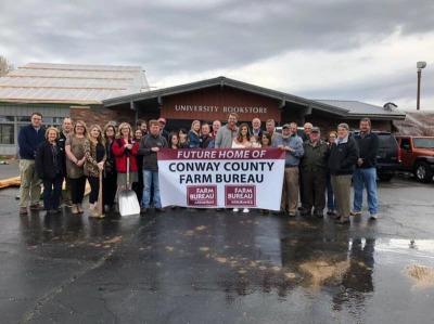 Farm Bureau hosts groundbreaking for new location