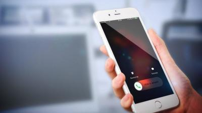 Governor signs law restricting robocalls