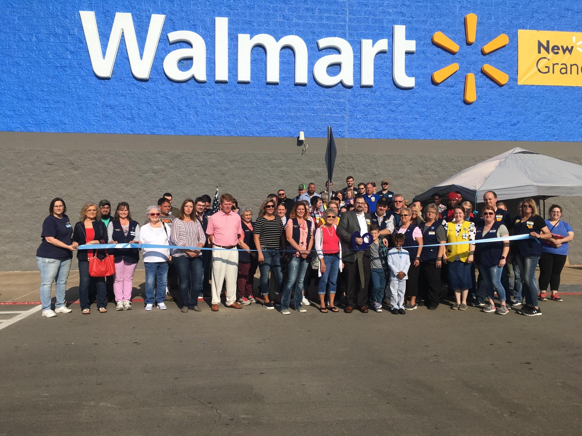 Walmart hosts grand re-opening