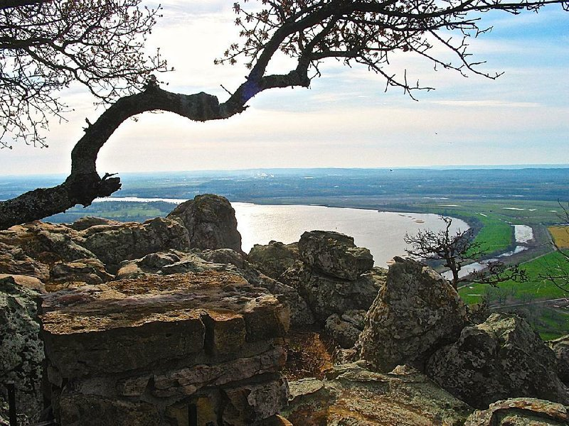 Petit Jean fall fatal to Oklahoma man