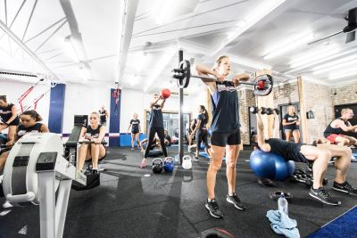 F45 -high intensity interval training class