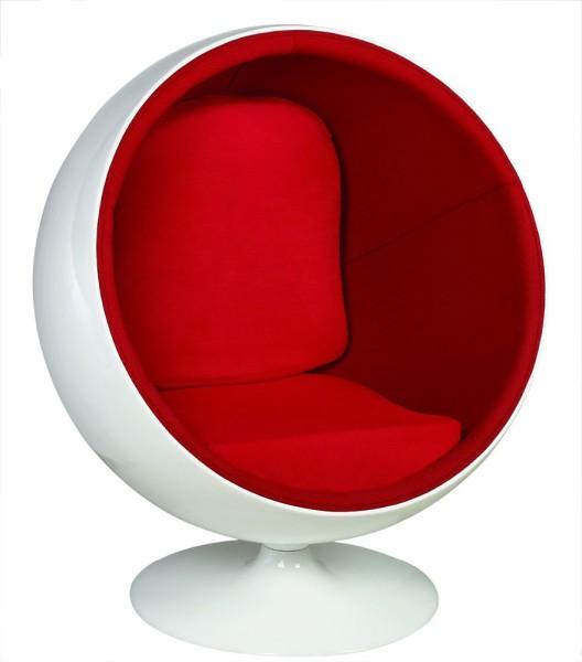 Ball Lounge