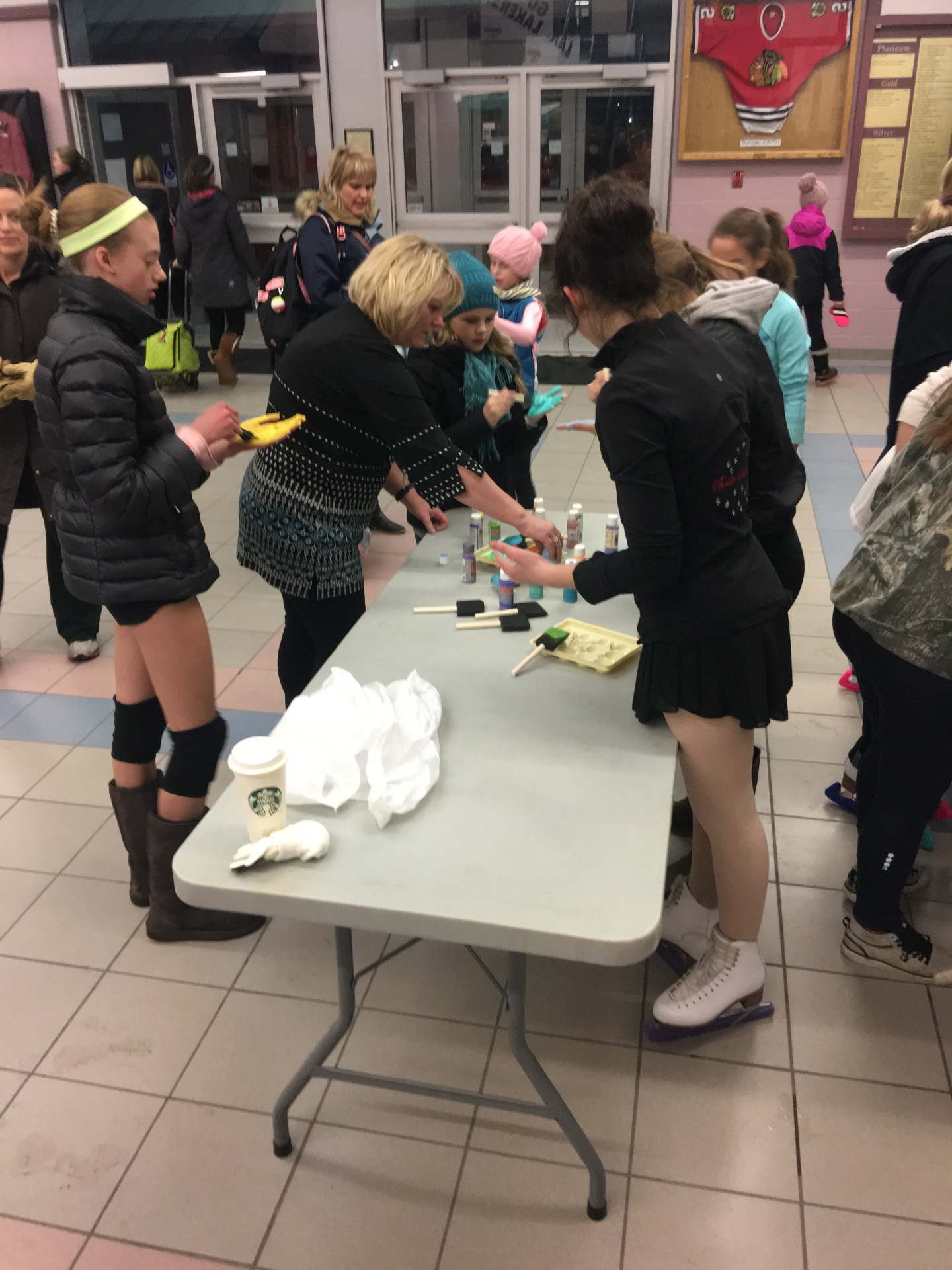 Club bonding - Making decorations for Regionals 2018