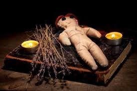 Voodoo love spells to retrieve your lost lover, fix your marriage, heal a relationship, and voodoo spells to stop a breakup or prevent a divorce.