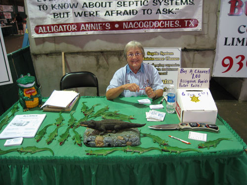 ALLIGATOR ANNIE AND HER BOOTH