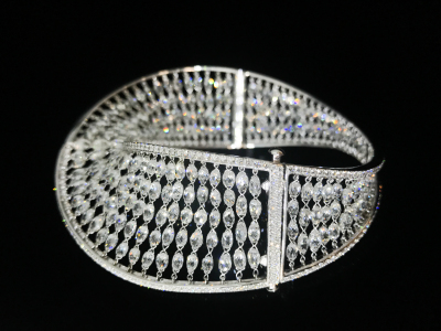 Diamond Infinity Swirl Bracelet