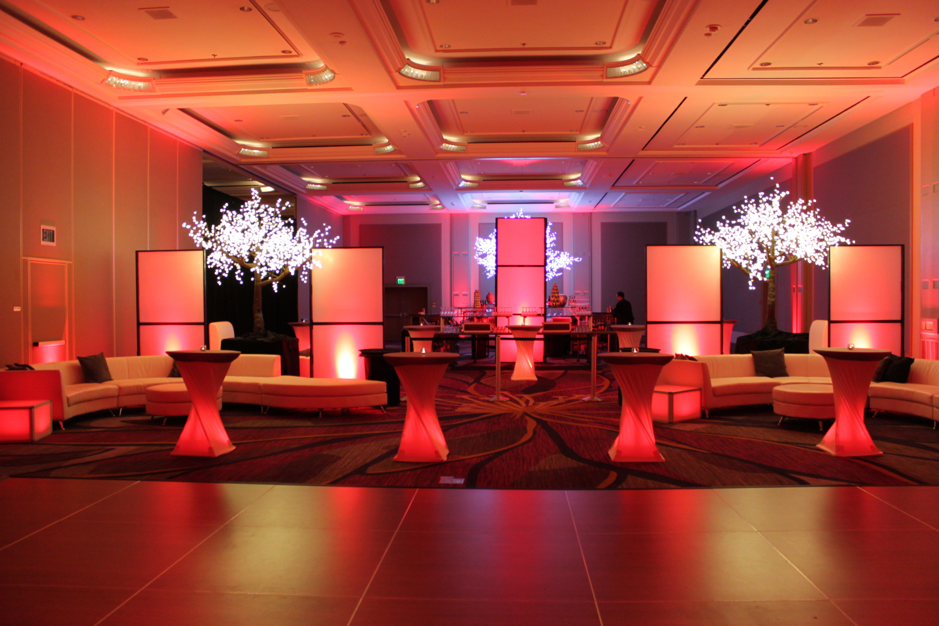 Decor, Lighting, Audio, Video - Hyatt Regency Sacramento