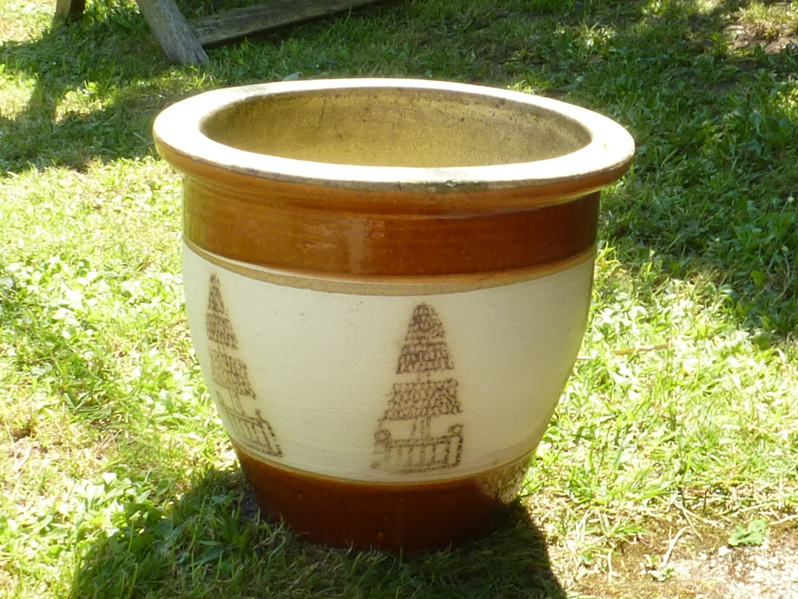 Redruth Cornwall Garden planters garden pot used pre-owned secondhand