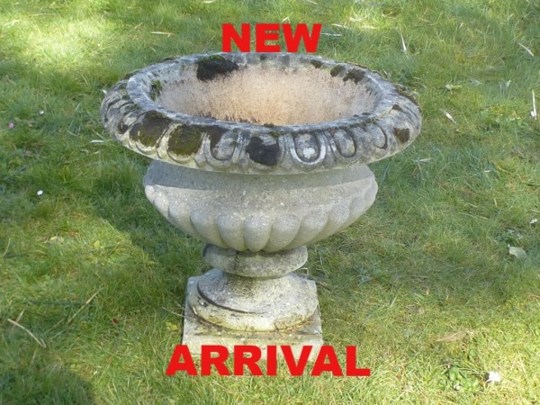 Redruth Cornwall garden pot garden sundial planter used secondhand pre-owned Purple Pink