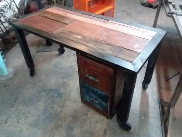 Desk from Recycled Materials