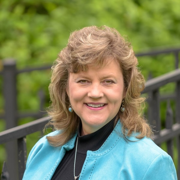 Lisa Jarosinski, Candidate for County Council (District 2)