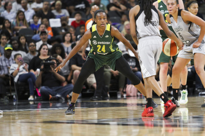 SAN ANTONIO, TX - JULY 8: Seattle Storm's Jewell Loyd (24) plays on defense in the the game against the San Antonio Stars on July 8, 2016. (Anthony Mazur/AM News Net)