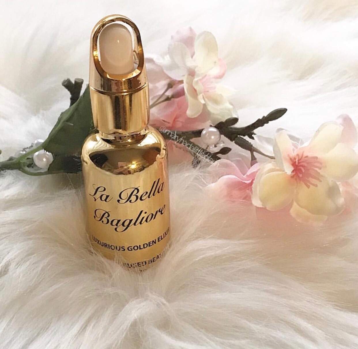 @labellabagliore luxurious golden elixir 24k gold infused beauty oil